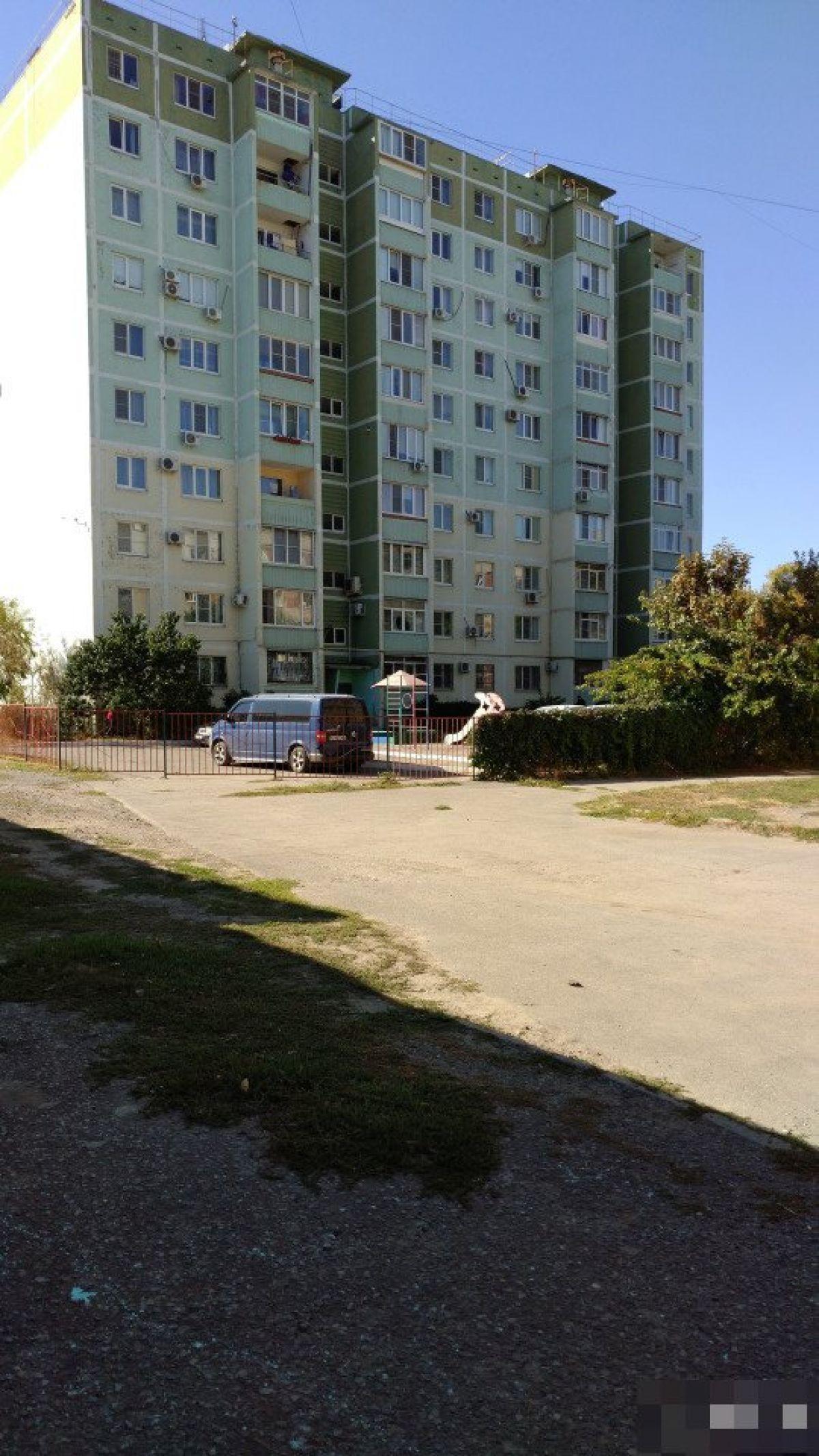 Продам 3-комн. квартиру, Ростовская область, Таганрог, Свободы ул, 21Б